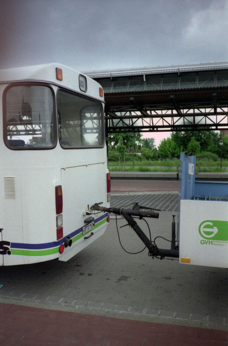 www.hpke.de/busforum/Scan-140715-0060.jpg