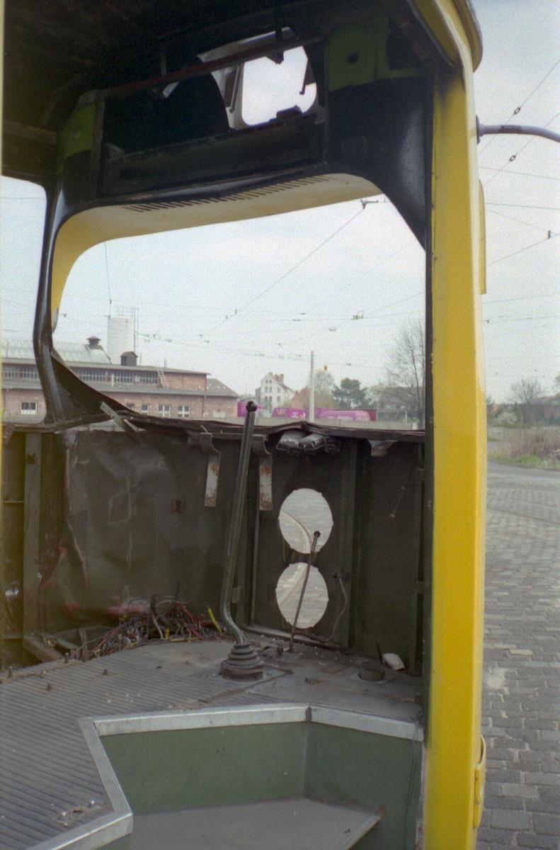 www.hpke.de/busforum/Scan-140813-0018.jpg